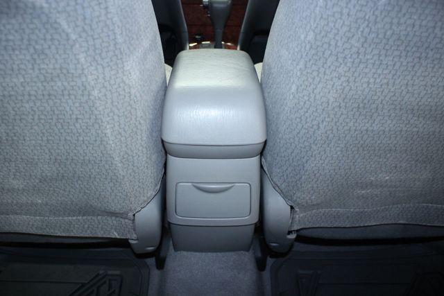 2004 Toyota Corolla LE Kensington, Maryland 54