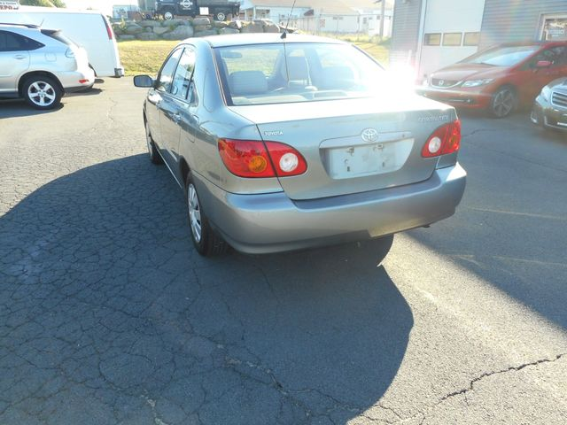 2004 Toyota Corolla LE New Windsor, New York 3