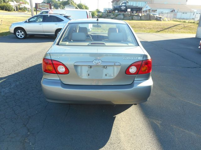 2004 Toyota Corolla LE New Windsor, New York 4