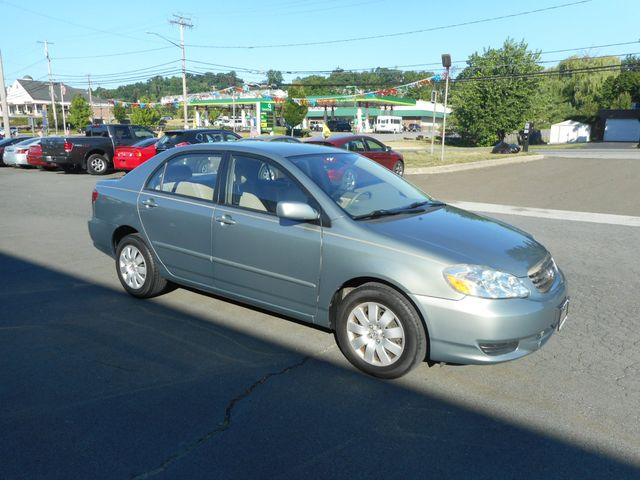 2004 Toyota Corolla LE New Windsor, New York 8