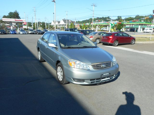 2004 Toyota Corolla LE New Windsor, New York 9