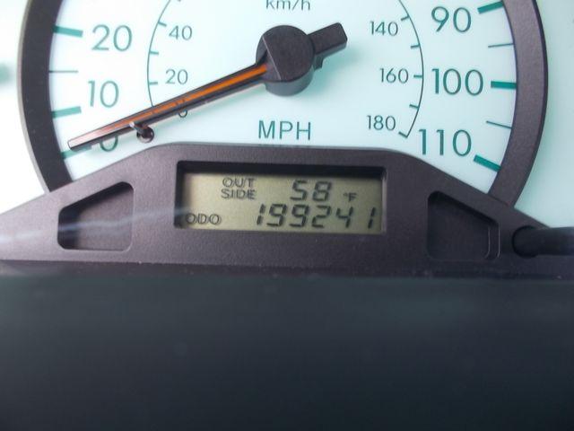2004 Toyota Corolla LE Shelbyville, TN 26