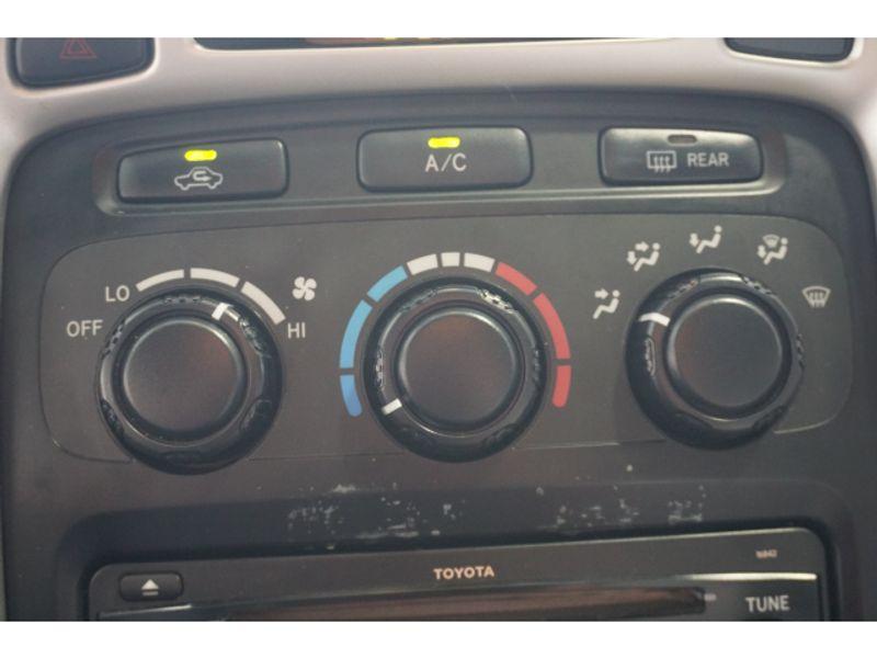 2004 Toyota Highlander Base  city Texas  Vista Cars and Trucks  in Houston, Texas