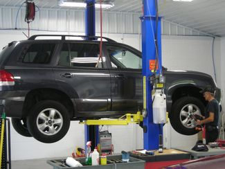 2004 Toyota Highlander V6 4WD 3rd Row Imports and More Inc  in Lenoir City, TN