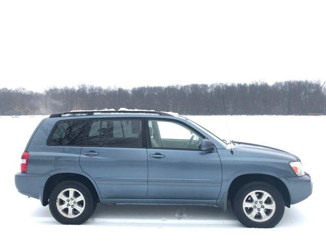 2004 Toyota Highlander Ravenna, Ohio 4
