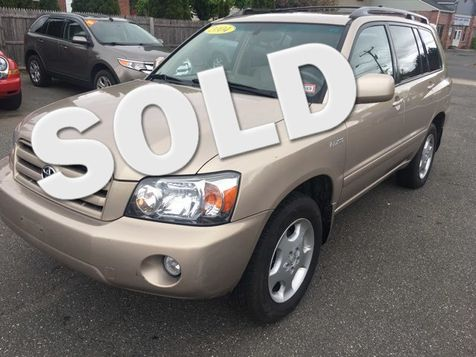 2004 Toyota Highlander Limited in West Springfield, MA