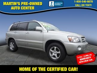 2004 Toyota Highlander Base | Whitman, MA | Martin's Pre-Owned Auto Center-[ 2 ]