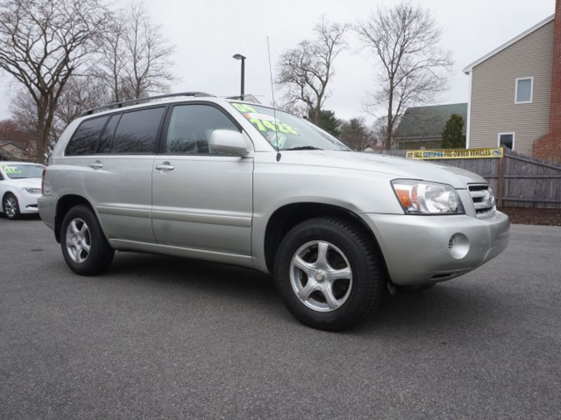 2004 Toyota Highlander Base | Whitman, MA | Martin's Pre-Owned Auto Center