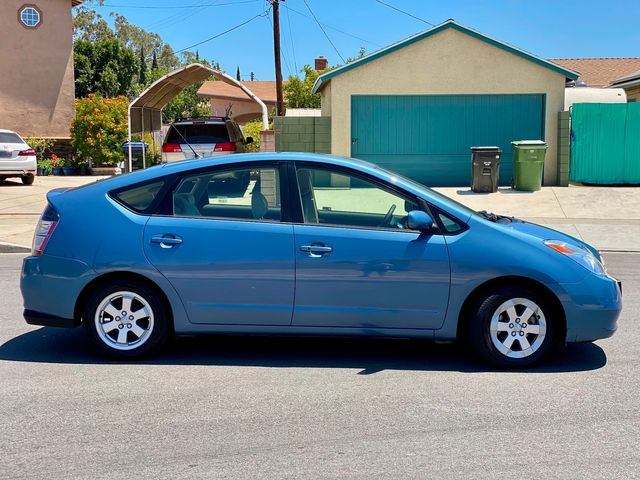 2004 Toyota PRIUS HATCHBACK 76K NAVIGATION BACK-UP NEW TIRES SERVICE RECORDS in Van Nuys, CA 91406