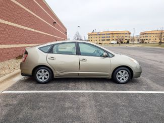 2004 Toyota Prius Maple Grove, Minnesota 9