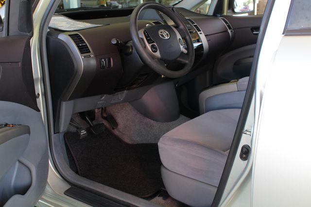2004 Toyota Prius Hybrid FWD - Pkg 1 - ?51 MPG CITY/60 MPG HWY! Mooresville , NC 26