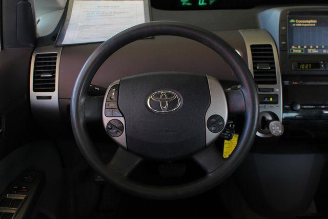 2004 Toyota Prius Hybrid FWD - Pkg 1 - ?51 MPG CITY/60 MPG HWY! Mooresville , NC 4