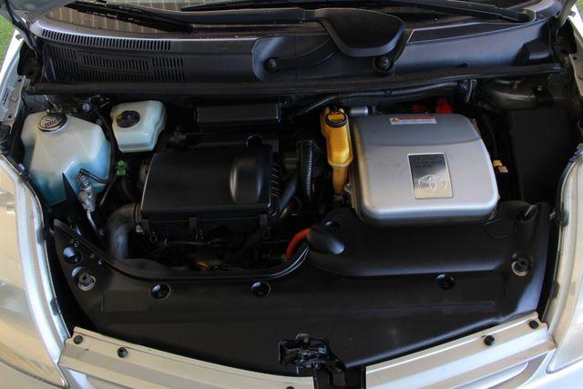 2004 Toyota Prius Hybrid FWD - Pkg 1 - ?51 MPG CITY/60 MPG HWY! Mooresville , NC 39