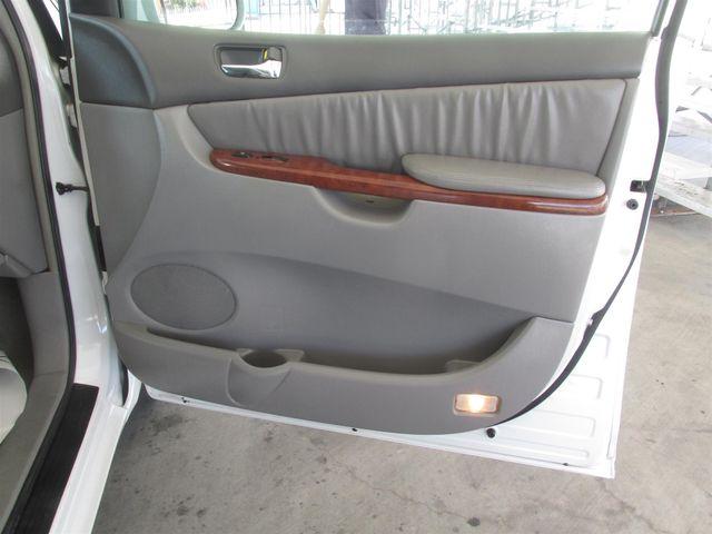 2004 Toyota Sienna XLE Gardena, California 13