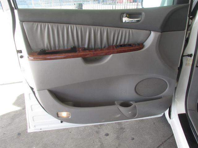 2004 Toyota Sienna XLE Gardena, California 9