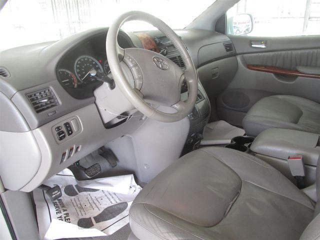 2004 Toyota Sienna XLE Gardena, California 4