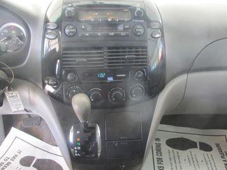 2004 Toyota Sienna LE Gardena, California 6