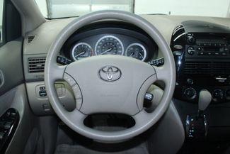2004 Toyota Sienna LE Kensington, Maryland 81
