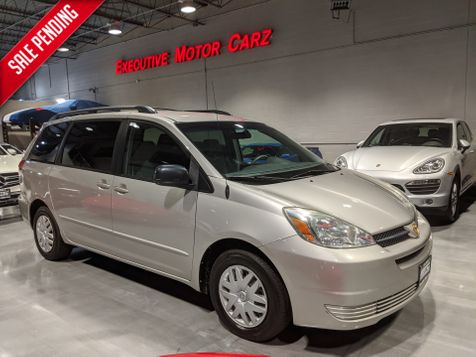 2004 Toyota Sienna LE in Lake Forest, IL