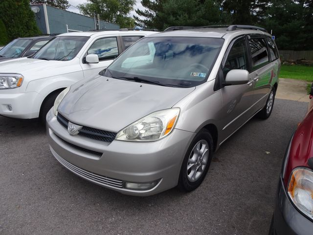 2004 Toyota Sienna XLE LTD