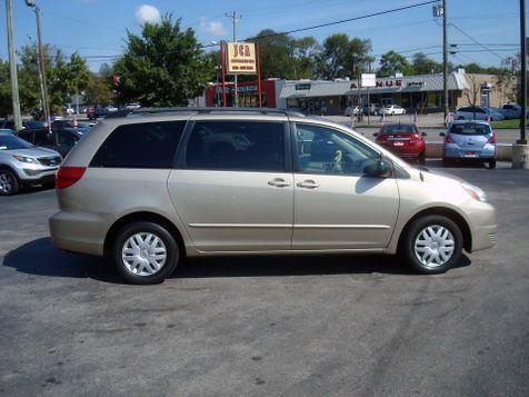2004 Toyota Sienna LE | Nashville, Tennessee | Auto Mart Used Cars Inc. in Nashville, Tennessee
