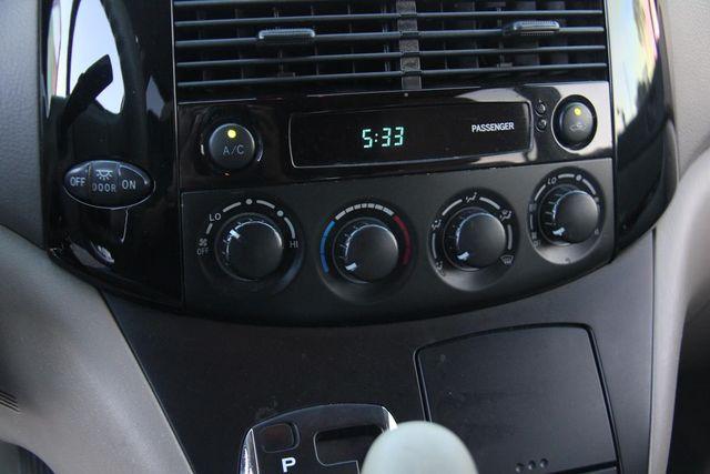 2004 Toyota Sienna LE Santa Clarita, CA 20