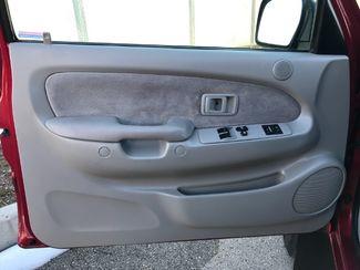 2004 Toyota Tacoma Xtracab V6 4WD LINDON, UT 13