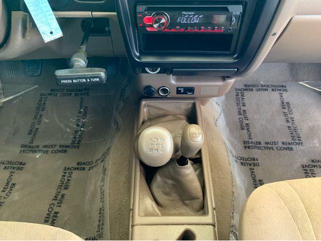 2004 Toyota Tacoma Xtracab V6 4WD LINDON, UT 12