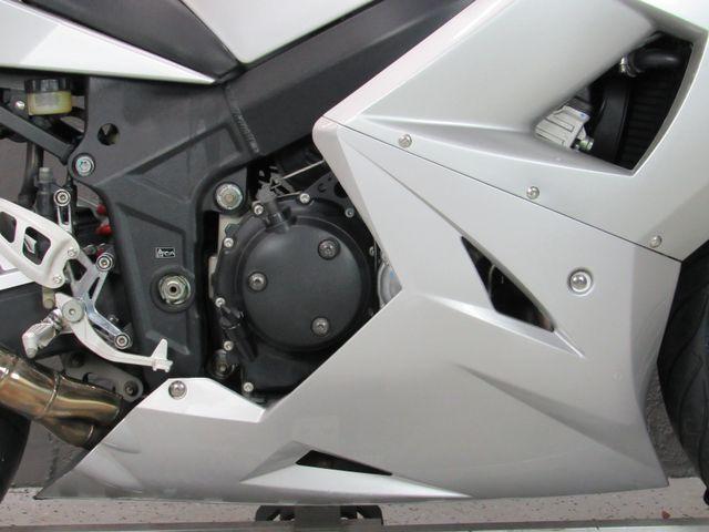 2004 Triumph Daytona 600 in Dania Beach , Florida 33004