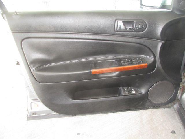 2004 Volkswagen Passat GLX Gardena, California 9