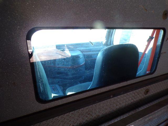 2004 Volvo Ravenna, MI 12