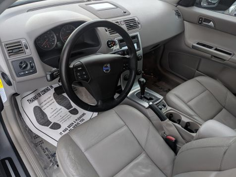 2004 Volvo S40 ((**LEATHER/NAVIGATION/MOONROOF/HEATED SEATS**))  in Campbell, CA