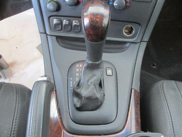2004 Volvo S80 Gardena, California 7
