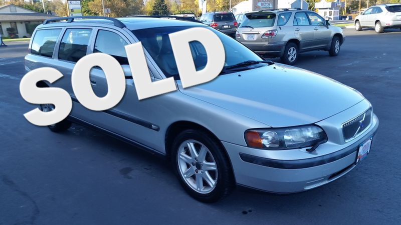 2004 Volvo V70  | Ashland, OR | Ashland Motor Company in Ashland OR