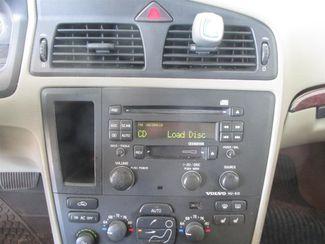 2004 Volvo V70 Gardena, California 6
