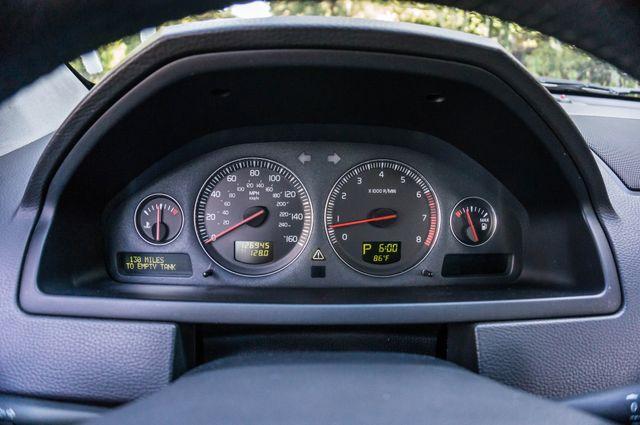 2004 Volvo XC90 Reseda, CA 16