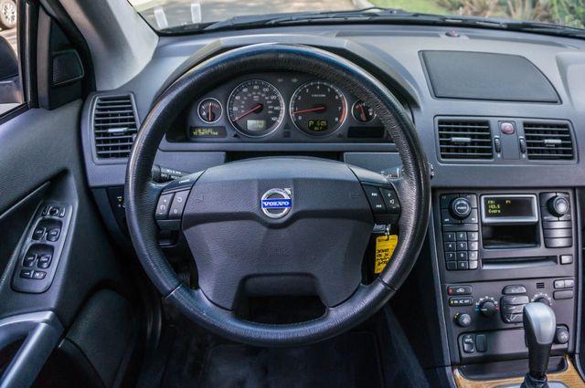 2004 Volvo XC90 Reseda, CA 22