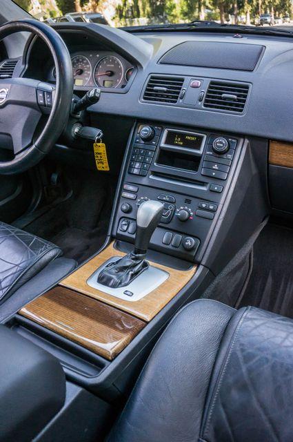2004 Volvo XC90 Reseda, CA 23