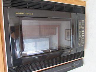 2004 Winnebago Sightseer 30B Bend, Oregon 12