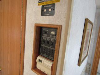 2004 Winnebago Sightseer 30B Bend, Oregon 16