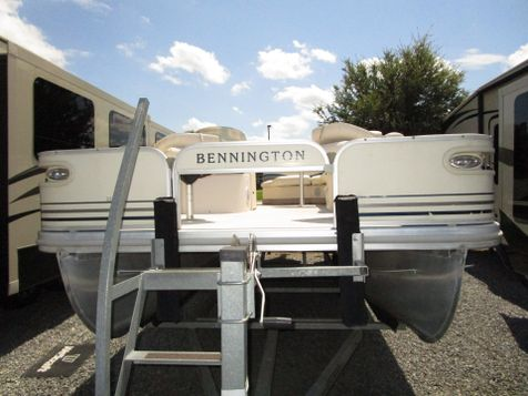 2005 Bennington 2275 FSI FISH MODEL  in Charleston, SC