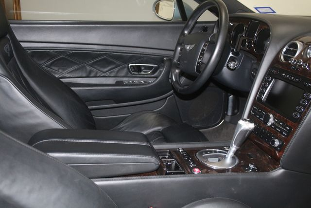 2005 Bentley Continental GT Houston, Texas 14