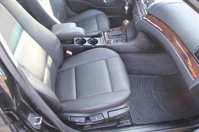 2005 BMW 325i Santa Clarita, CA 14