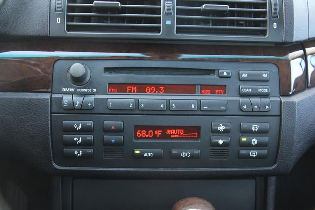 2005 BMW 325i Santa Clarita, CA 23