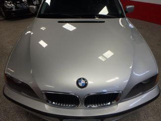 2005 Bmw 325xi Awd. Fully SREVICED, BRAKES, OIL,TIE RODS, SUMMER READY. Saint Louis Park, MN 20
