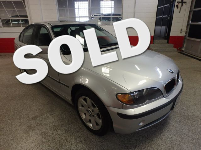2005 Bmw 325xi Awd. Fully SREVICED, BRAKES, OIL,TIE RODS, SUMMER READY. Saint Louis Park, MN