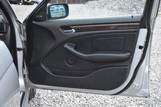 2005 BMW 330xi Naugatuck, Connecticut 9