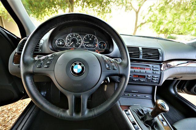 2005 BMW 330xi SPORT PKG,MANUAL in Reseda, CA, CA 91335