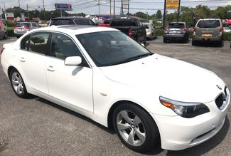 2005 Bmw-Showroom Condition! 5-Series-BUY HERE PAY HERE! 525i-CARMARTSOUTH.COM Knoxville, Tennessee