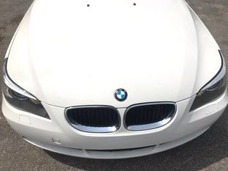 2005 Bmw-Showroom Condition! 5-Series-BUY HERE PAY HERE! 525i-CARMARTSOUTH.COM Knoxville, Tennessee 1